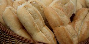 Panaderos amenazan con dejar de pagar impuestos