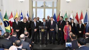 """Maduro debe entregar el poder a la Asamblea Nacional"""