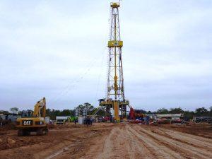 Paro petrolero tras la muerte de un operario
