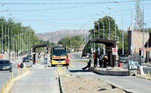 El municipio se comprometió a construir dársenas en Avenida del Trabajador