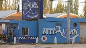 Intiman a dos trabajadores de Interlagos a dejar la planta