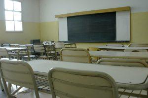 Hay 2000 niños y niñas sin clases en Centenario