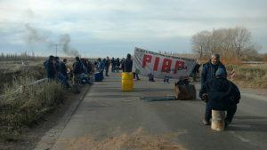 Trabajadores de la PIAP vuelven al corte en la Ruta 22