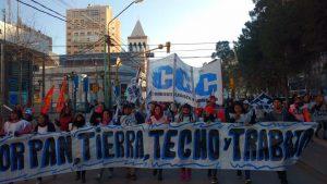 Se movilizan los movimientos sociales en el día de San Cayetano